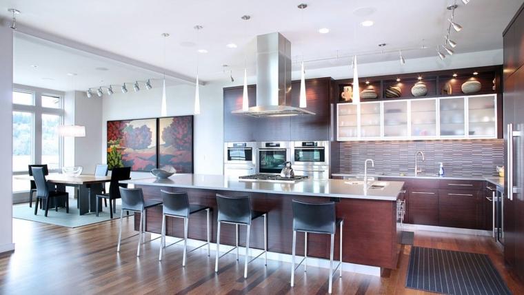 Top 10 Trends in Custom Home Tech